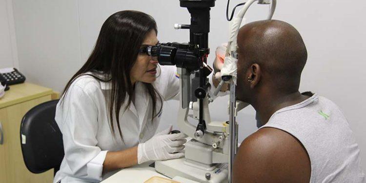 Atendimento a pacientes com conjuntivite no hospital Irmãs do Horto, no HPM. Macaé - Data 08/03/2018. Rio de Janeiro/Brasil
