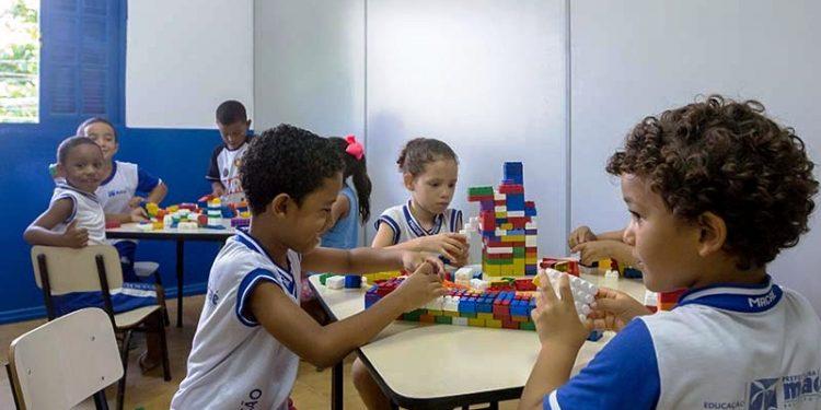 Novas salas da Escola Municipal de Educação Infantil (EMEI) Mai Carmen de Jesus, na Praia Campista. Macaé/RJ. Data: 05/03/20118. Foto: Rui Porto Filho