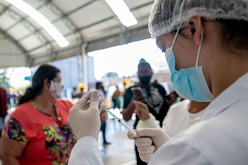 Vacinação contra Covid-19. Macaé/RJ. Data: 03/07/2021. Foto: Rui Porto Filho